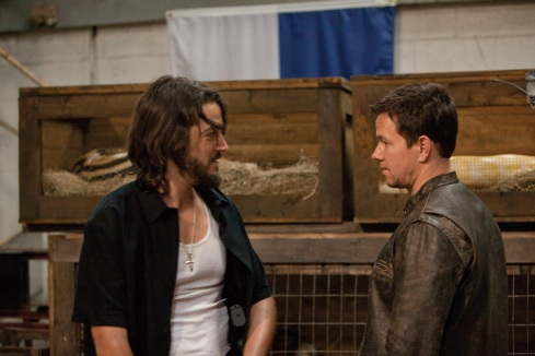 Diego Luna y Mark Wahlberg