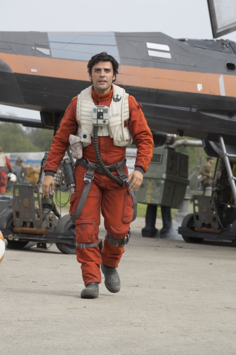 Star Wars: The Force Awakens Poe Dameron (Oscar Isaac) Ph: David James ©Lucasfilm 2015