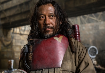 Rogue One: A Star Wars Story..Baze Malbus (Jiang Wen)..Ph: Jonathan Olley..© 2016 Lucasfilm Ltd. All Rights Reserved.