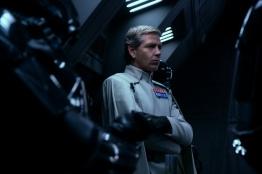 Rogue One: A Star Wars Story..Director Krennic (Ben Mendelsohn)..Ph: Giles Keyte..© 2016 Lucasfilm Ltd. All Rights Reserved.