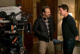 Left to right: Director Edward Zwick and Tom Cruise on the set of Jack Reacher: Never Go Back from Paramount Pictures and Skydance Productions