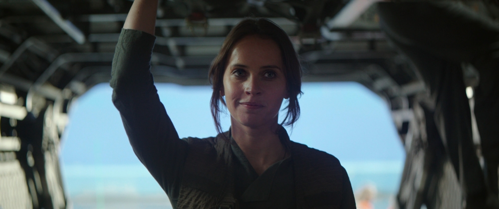 Rogue One: A Star Wars Story..Jyn Erso (Felicity Jones) ..Ph: Footage Frame..© 2016 Lucasfilm Ltd. All Rights Reserved.