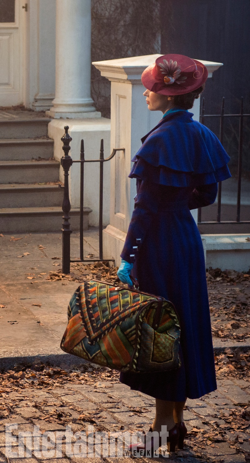 Mary Poppins como Emily Blunt