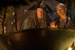 Piratas-del-Caribe-La-Venganza-de-Salazar-CineMedios-52