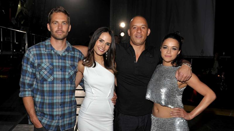 Paul Waler y elenco de Fast and Furious.jpg