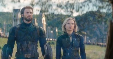 Marvel Studios' AVENGERS: INFINITY WAR..L to R: Captain America/Steve Rogers (Chris Evans) and Black Widow/Natasha Romanoff (Scarlett Johansson)..Photo: Film Frame..©Marvel Studios 2018